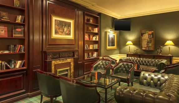 Inspired By The Great British Pub Bar Is A Cozy With Relaxed Atmosphere And Friendly Service Specialities Of Include Chocolate